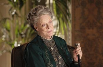 Maggie Smith s'apprêterait à quitter Downton Abbey