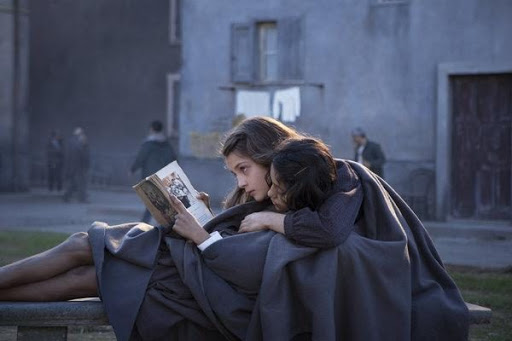 «L'Amie prodigieuse», série fidélissime à Elena Ferrante