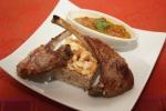 Côtes d'agneau, chutney de mangue et riz à l'indienne