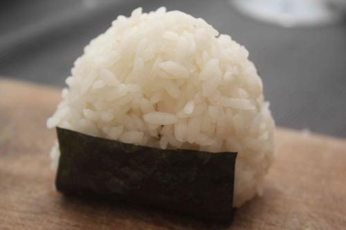Onigiri umeboshi (9).jpg