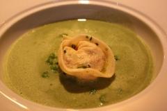 The Peat Inn Raviole de homard.jpg