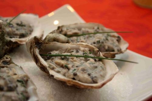 Tartare d'huîtres et caviar