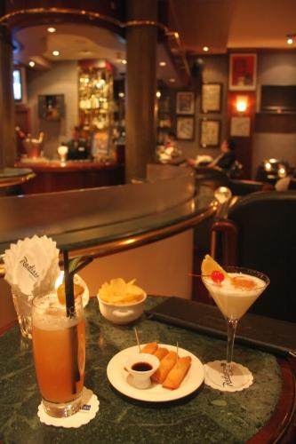 Bar dessiné (FERME)