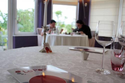 Hostellerie Le Postay: Eprouvettes & Co FERME
