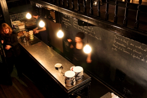 Le café des spores: changement dans la continuité