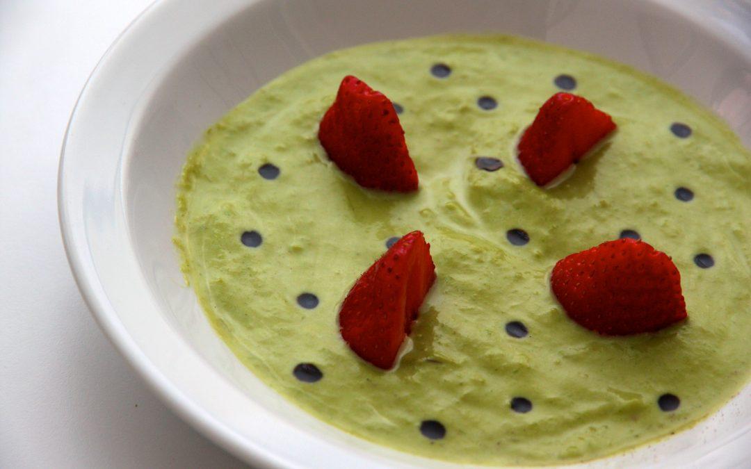 Crème d'asperges vertes aux fraises et balsamique