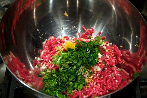 recette iranienne,soupe à la grenade,ash-e anar,soupe iranienne,boulettes d'agneau