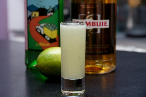 Crush on a bartender, shot au mezcal