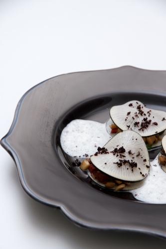 Ravioles de radis noir au jambon noir de Bigorre