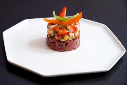 Tartare de canard, vinaigrette de fruits et légumes