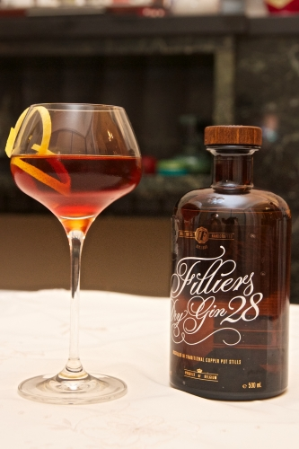 6 gins / 6 cocktails, épisode 6: Filliers Dry Gin 28/ Martinez