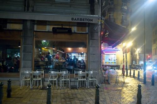 «Bar Béton»: un bar en béton?