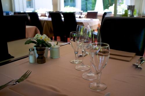 Brasserie Tissens, anguilles au vert, entrecôte bruxelles, restaurant classique