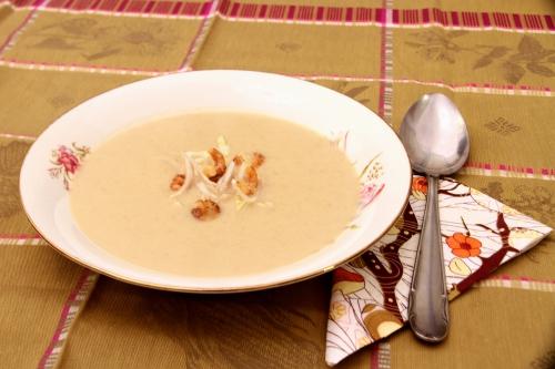 Soupe de chicons aux crevettes grises