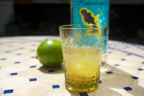 Ti-punch: le cocktail antillais par excellence!