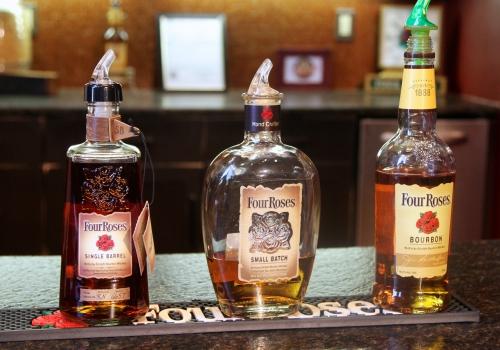 Bourbon, rye, single cask, single barrel, Straight bourbon, Tennessee Whiskey, moonshine
