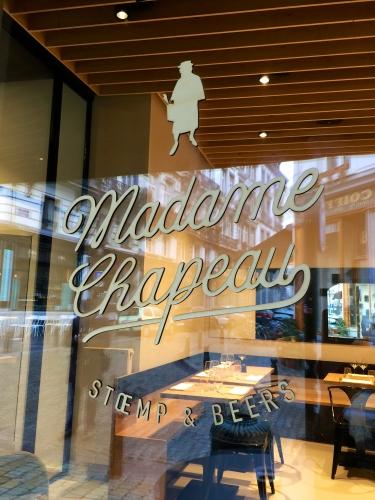 «Madame chapeau»: stoempement bon!