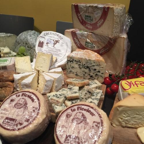 Les producteurs wallons de fromage au lait cru unissent leurs forces