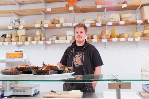 «Chez Maître Corbeau»: Un nouveau fromager à Namur