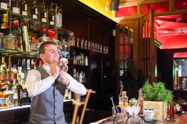 Cocktails sur mesure chez «Arthur Orlans»