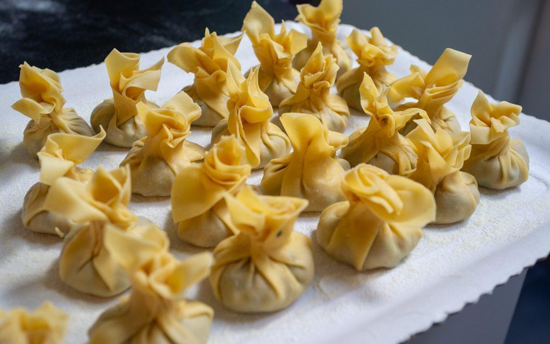 Soupe de raviolis wontons maison pour le Nouvel An chinois!