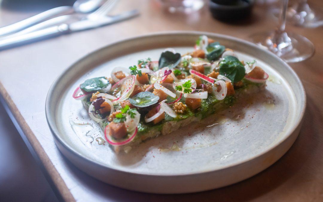 «Tomy & Co»: trop belles assiettes parisiennes