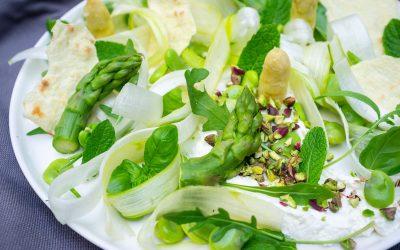 Salade d'asperges aux fèves