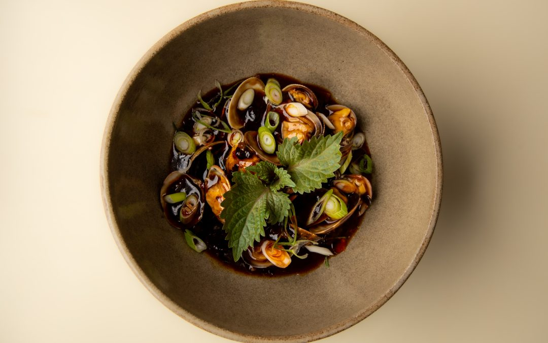 Ly Asian, plats asiatiques et produits locaux